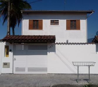 Photo for Townhouse in the center of Ubatuba - great location