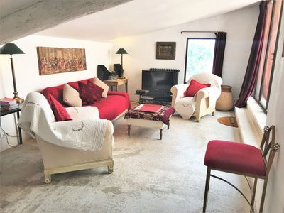 Photo for sublime terrace house in the heart of the village of Roussillon in the Luberon