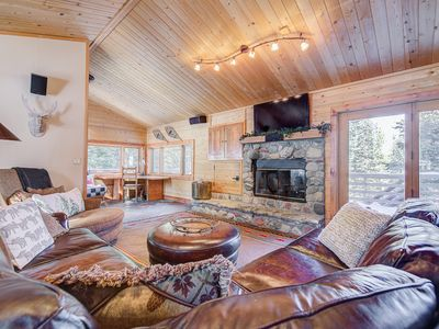 Photo for Slalom Chalet - Luxury Mountain Home