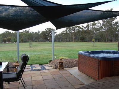 Photo for Goolwa Spa & River Retreat Cottage