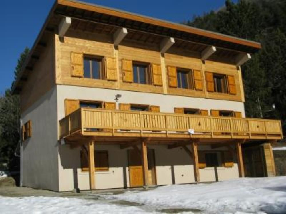 villeneuve la salle chalet serre chevalier vrbo. Black Bedroom Furniture Sets. Home Design Ideas