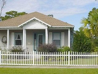 The Great Escape - charming beach house!