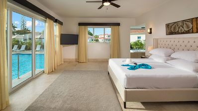 Photo for Two bedroom suite in an luxurious All-inclusive Resort with Gold b