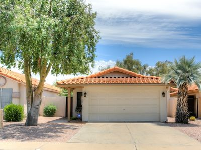 Photo for Cozy home on private golf course in NE Mesa