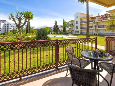 Photo for Spacious Flat Family Ideal, 10min Beach, Albufeira