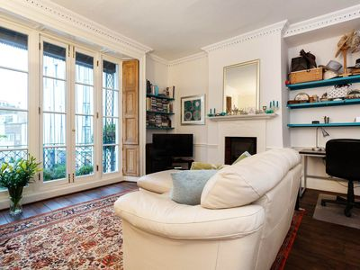 Photo for Located next to Hyde Park, one bed flat in luxurious Kensington (Veeve)