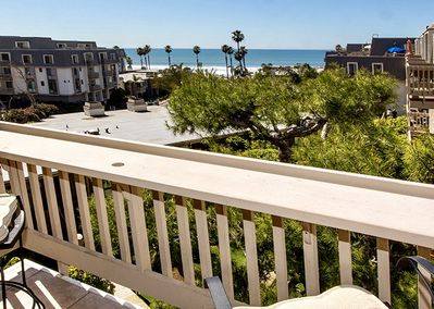Balcony View - Relax on your balcony and enjoy the whitewater ocean views.