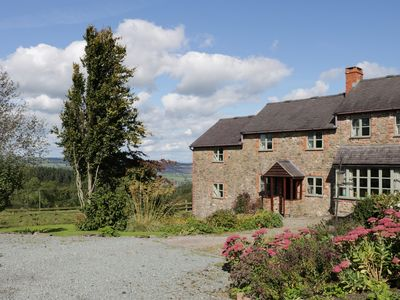 Photo for HERON COTTAGE, pet friendly in Hope, Shropshire, Ref 27179