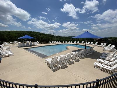 Zero entry pool & kids splash pad included for you!!