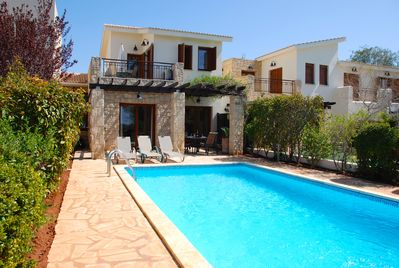 Beautiful holiday villa on Aphrodite Hills Resort