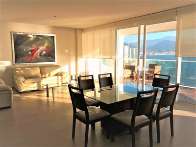 """Photo for """" Seahorse"""" Spectacular ocean front view unit with modern style."""