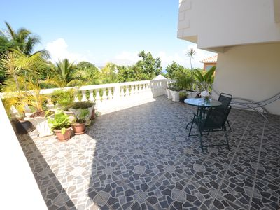 Ocho Rios Villa Rental   Roof Garden Overlooking The Pool