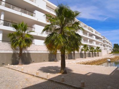 Photo for Modern spacious apartment, conveniently situated in the Marina de Lagos
