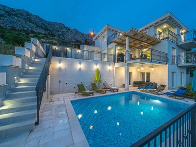 Photo for Luxury Villa Mimce Equinox with heated pool and amazing sea view in Mimice