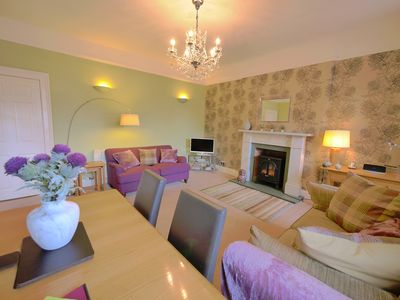 Photo for 3 double bedroom immaculate city centre apartment with Castle views