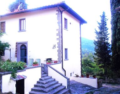 Photo for Lovely Apartment In Villa At 18km From Florence On The Chianti Valdarno Hills