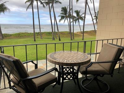 Photo for 207-One Bedroom Oceanfront Condo in Kihei - Walk to Everything!