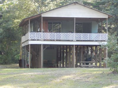 Wendel's Place is located overlooking beautiful Red Creek. Tranquil location