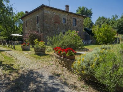 Photo for Apartment Lucignano  in Lucignano, Arezzo, Cortona and surroundings - 4 persons, 1 bedroom