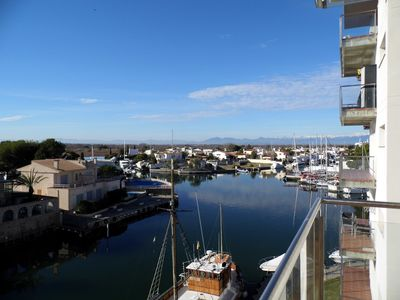 Photo for STANDING APARTMENT 4/6 PERS, SEA AND CANAL VIEW, BEACH 800 M