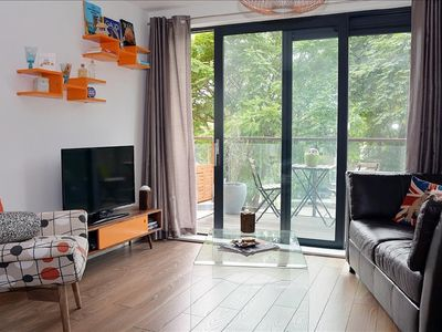 Photo for Central modern one-bedroom flat with character, close to Big Ben and transport