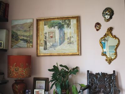 Photo for Room in the flat of an old Athenian painter