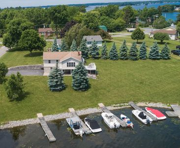 Photo for 4 Bedroom Clayton Waterfront Home For Rent - Thousand Islands