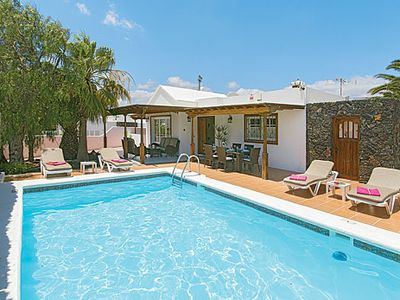 Photo for Bright, cheerful villa w/ en suite master bedroom, pool and lush garden