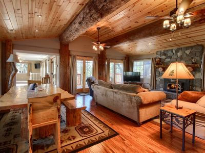Photo for Custom, updated, and cozy cabin 1.5 mi from Bass Lake!