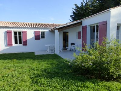 Photo for A NOIRMOUTIER IN THE ILE PRETTY LUMINOUS HOUSE, NEAR BEACHES AND TOWN CENTER.