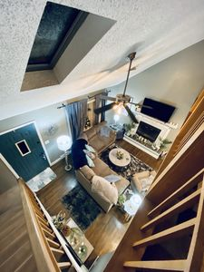 Skyloft , clean, beautiful, relaxing, renovated, Super Home.