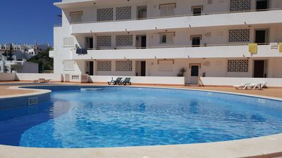 Photo for Apartment with pool, garage and Wi-Fi 300 meters from the beach