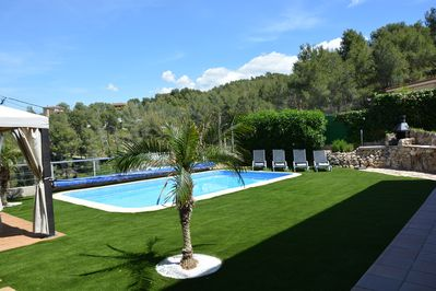 Sitges Villas : Outside by day with a view of the valley