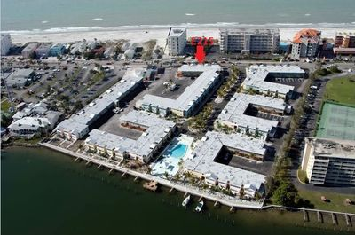 RED ARROW SHOWS LOCATION AND PROXIMITY TO BEACH!!!!!!