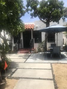Photo for Beautiful Cottage in ocean beach. 5 minute walk to doggie beach.10 minute