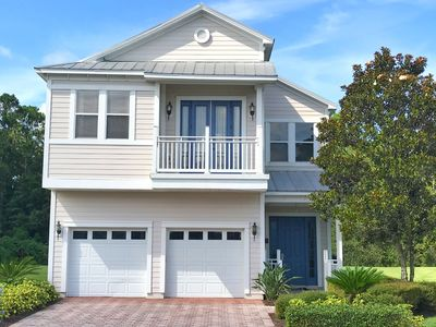 Photo for 5/5, Solar-heated Screened-in Pool, FREE Waterpark Access, Quiet Location