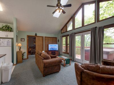 Photo for Above and Beyond, 2 Bedrooms, Sleeps 6, Private, Amazing View, Hot Tub