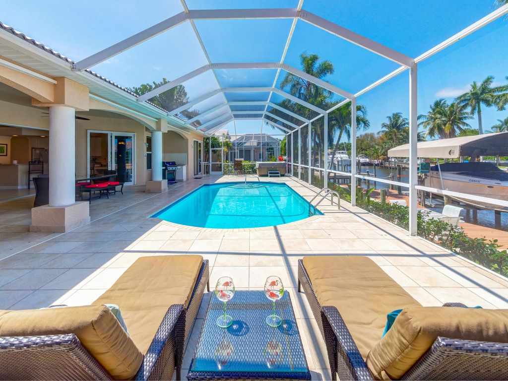 Huge Poolarea Gulf Access Heated Pool Homeaway Cape Coral