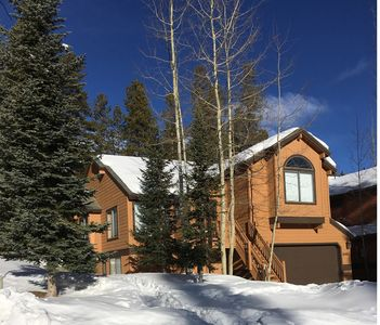Photo for Peak 8 Park Forest Luxury Mountain Chalet - Very Close To Slopes! #344550001