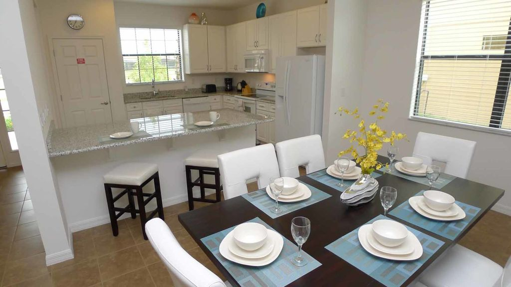 Rosemont Woods at Providence 4/3 Pool Home property. Spacious new home in desirable resort community
