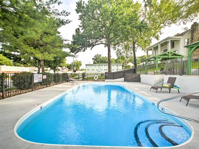 Photo for NEW! Downtown Branson Cottage w/Pool Access