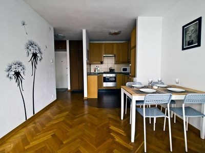 Photo for Home sweet home - comfy apartment near centre