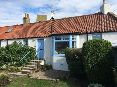 Photo for Fig Cottage is a traditional cottage with a modern twist