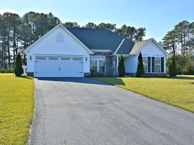 Photo for FREE Activities. If you want a property that feels like home--This 4 Bedroom 2 Bath with 2 car garage single family home in established neighborhood is for you