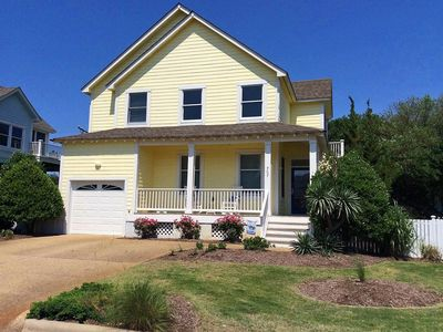 Photo for Coastal Cottage with Private Pool & Hot Tub, Linens Included  + Beds Made