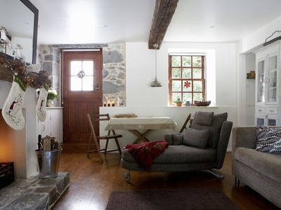 Guernsey Holiday Cottage Charming Seaside Close To Sandy