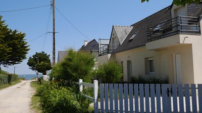 Photo for Fully equipped house with garden, close from the beach, for 8 to 10 people