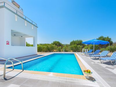 Photo for A seaside villa for a perfect summer holiday. Villa B - Blue Pearl