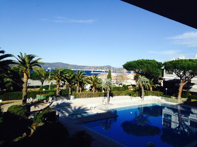 center of St Tropez T3 pool