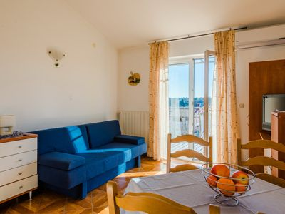 Photo for Sunny apartment for 2-4 people near the center Pula - marjoram Apart